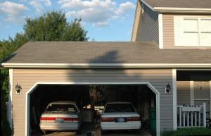 voiture garage maison